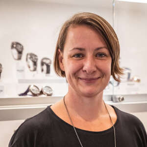Goldschmiedin, Schmuckdesignerin in Oldenburg – Neele Wetzig